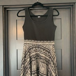 Dresses & Skirts - Black Print Mini Dress